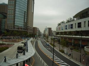 再開発された川崎西口のメインストリート