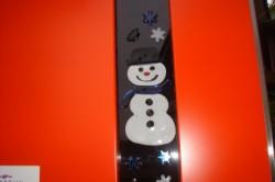 扉の内側に雪だるまが!!オーナーさんが貼ってくれました。